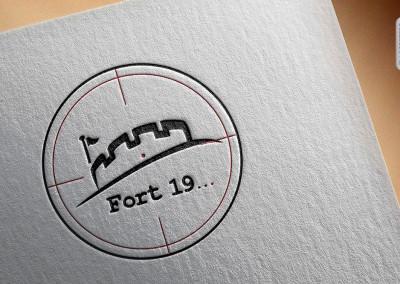 logo sklepu fort 19 2x3
